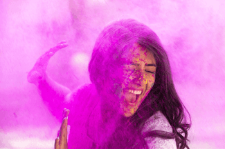 Tips on How Protect your hairs during Holi - Godrej Expert